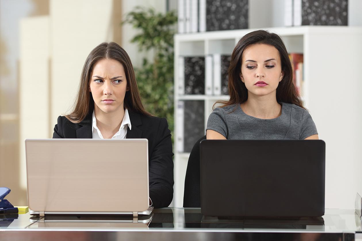 Colegas-de-trabalho-identifique-sinais-de-perigo
